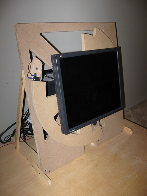 Rotating monitor for arcade cabinet