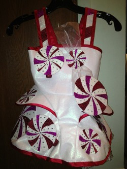 Katy Perry peppermint dress with Pololu parts
