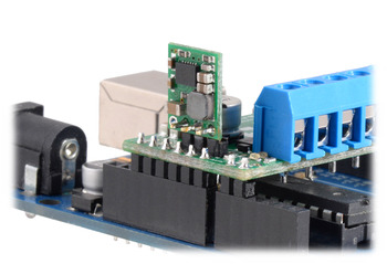 Regulator connected to the MAX14870 Motor Driver Shield