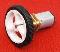 Pololu wheel 32×7mm on a micro metal gearmotor.